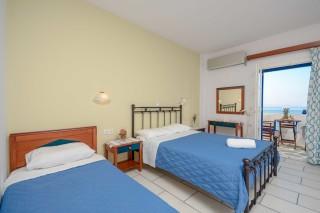 accommodation orkos view big bedroom