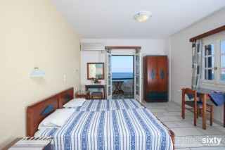 accommodation orkos view sea view bedroom