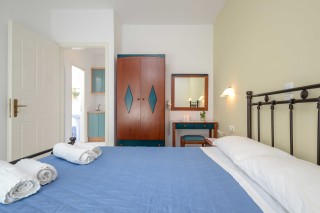 apartments orkos view double bed